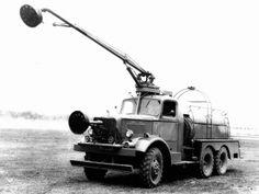 Mack NM3 Class 150 6×6 7 ½-ton Crash Truck Prototype by Cardox '1941