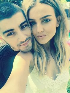 Perrie Edwards, who is a singer with Little Mix, is now engaged to Zayn Malik. See photos of the sexy singer! One Direction Girlfriends, Ex One Direction, Members Of One Direction, Ex Girlfriends, Perrie Edwards, Little Mix, Jesy Nelson, Perrie Malik, Zayn Malik Sister