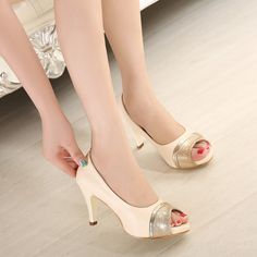 Kode : AWF-356, Nama : Heels Selop Krem Leather & Gold List, Price : IDR 175