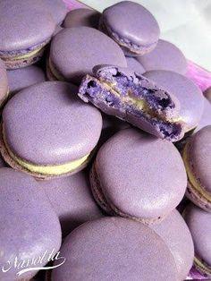 Vanillin macaron | Nassolda Hungarian Recipes, Macarons, Sweet Tooth, Muffin, Cooking Recipes, Cake, Food, Winter, Candy