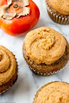 (Grain-Free) Olive Oil Spice Cupcakes with Bourbon Persimmon Frosting #glutenfree #grainfree #paleo