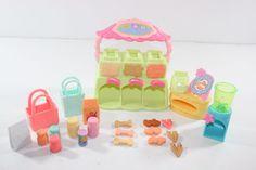 Littlest Pet Shop LPS Treat Center Feeder w/Food & Accessories Lot #Hasbro