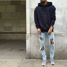 Look via @introfashion, by @joelcaspar Tag and use #dailystreetlooks in your pictures for a chance to be featured!