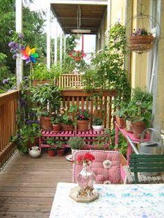 Balkon So dekorieren Sie Ihren Balkon: Inspirierende Ideen und Tipps – Myriam Françon Balcony How to Decorate Your Balcony: Inspirational Ideas and Tips – Myriam Françon, Balconies designs