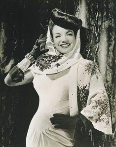 Carmen Miranda, a Pequena Notável