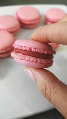 Asian Desserts, Köstliche Desserts, Dessert Drinks, Dessert Recipes, Macaron Video, Macaron Recipe, Fun Baking Recipes, Sweet Recipes, Amazing Food Videos