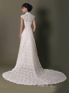 Elegante Hochhals Kurzarm Champagne Spitze Hochzeitskleid