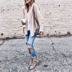 Neutral sweater & Torn denim for spring