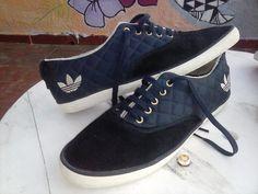 half off 9b064 1e6d8 Adidas Original! Mod. Azurine. Zapatillas -   550,00 en MercadoLibre
