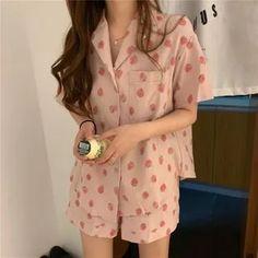 Kpop Fashion Outfits, Ulzzang Fashion, Korean Outfits, Korean Fashion, Fashion Clothes, Cute Pajama Sets, Cute Pajamas, Pajamas Women, Pyjama Sets