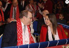 Le prince Albert II de Monaco et Pauline Ducruet lors de la première représentation du 5e Festival New Generation sous le chapiteau de Fontvieille à Monaco, le 30 janvier 2016 © Jean-Charles Vinaj / Pool Restreint