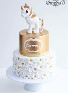 Gold and White Unicorn Cake - Kochen und Backen - Cake Recipes