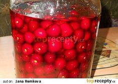 Domácí griotka z višní recept - TopRecepty.cz Lana, Vodka, Yummy Food, Fruit, Drinks, Red, Syrup, Sodas, Schnapps