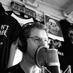 Pete Waller, known as DeafboyOne, has created a music project. It is a fusion of songwriting, Deaf Culture and performance. Best Rock Music, Deaf People, Experimental Music, Marc Bolan, Record Company, Spoken Word, Uk Fashion, Me Me Me Song, Three Kids