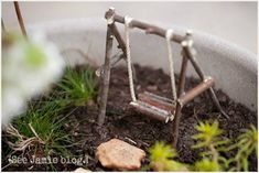 Spring Nature Study: Fairy Garden To teach the kids about gardening, nature, and the season of spring, we made a miniature fairy garden. They loved it! Fairy Garden Furniture, Fairy Garden Houses, Fairy Gardening, Fairies Garden, Garden Crafts, Garden Art, Garden Ideas, Diy Garden, Wooden Garden