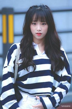 (Credits to the real owner/s) Kpop Girl Groups, Korean Girl Groups, Kpop Girls, Yuri, Euna Kim, Japanese Girl Group, Korean Women, Ulzzang Girl, Pop Group