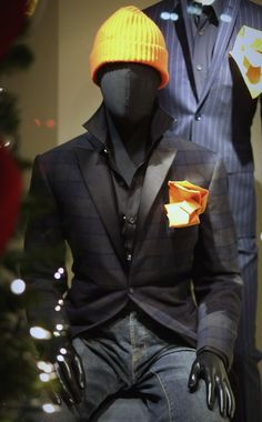 Swag Trooper - yellow pocket square - Popped collar