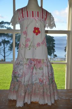 Miss Haidee | Perfect pink dress VINTAGE size 6 to 7