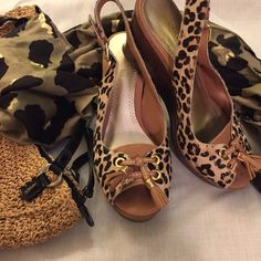 Sperry Leopard Wedges 8.5 Leather hair calf. Wooden platform sole. Very cute. Excellent condition. Sperry Top-Sider Shoes Wedges