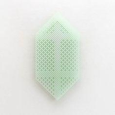 GEEN WONDER • acrylaat, fluoriserende verf • oplage van 3
