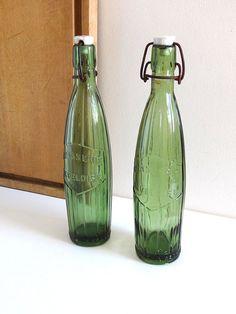 Bouteilles de limonade anciennes en verre vert - bouteilles de ...