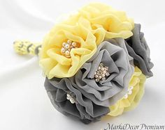 Southern Blue Celebrations: Silver, yello & Gray Wedding Bouquets