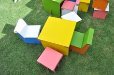 Mobiliario infantil 100% reciclable Container, Boards, Mendoza, Crafts, Google Search, Nice, Cardboard Furniture, Cardboard Chair, Table And Chairs