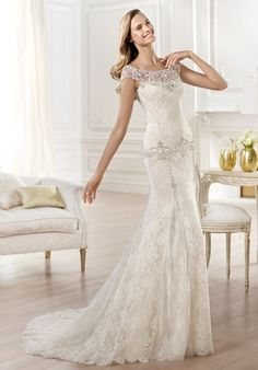 Rebrodé and Chantilly lace dress with silver, gold, white and pearl precious stone embroidery // Yalena from Pronovias
