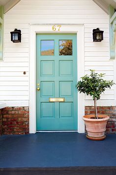 Front Door Paint Colors - Want a quick makeover? Paint your front door a different color. Here a pretty front door color ideas to improve your home's curb appeal and add more style! Front Door Paint Colors, Exterior Paint Colors For House, Painted Front Doors, Paint Colors For Home, Front Door Decor, Paint Colours, Bright Front Doors, Green Front Doors, Blue Doors