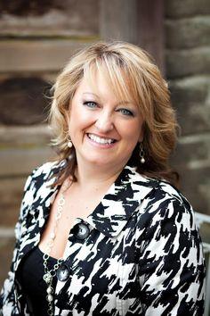 Pam Needham - Owner at Alicia's Bridal - Toni Lynn Photography #staffphoto #employeephoto #headshot