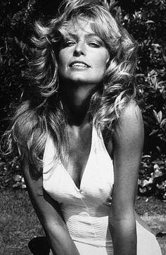 Farrah Fawcett - fabulous-female-celebs-of-the-past Photo