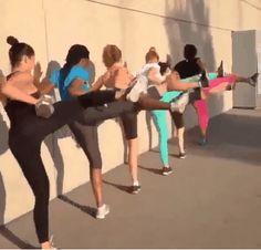 ¡Sí se puede! http://eslamoda.com/10-ejercicios-que-te-daran-la-cintura-que-siempre-has-querido