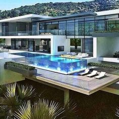 This is the luxury dream house on the hill, with stunning view Dream Home Design, Modern House Design, My Dream Home, Modern Architecture House, Architecture Design, Dream Mansion, Luxury Homes Dream Houses, Modern Mansion, Villa Design