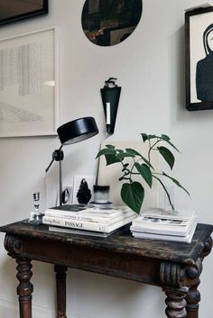 Home Interior Salas .Home Interior Salas Home Interior, Interior Styling, Interior And Exterior, Interior Decorating, Interior Modern, Console Table, Tables Tableaux, Antique Desk, Interior Photography