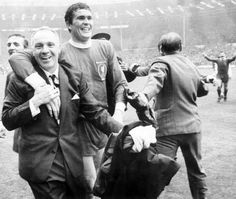 image-3-bill-shankly-life-in-pictures-226632266.jpg (615×520)