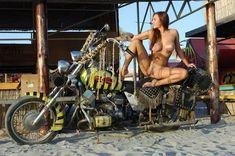 naked girls on motor bikes: 13 тыс изображений найдено в Яндекс.Картинках