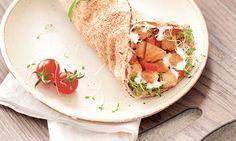 Receita de Sanduíche de frango com pão sírio - Sanduíche - Dificuldade: Fácil - Calorias: 300 por unidade