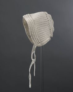 Gehaakt katoenen babymutsje voor meisje. voor 1950 #ZuidHolland