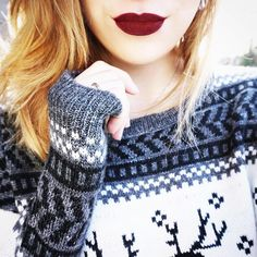 «Now that it's December, it's all out holiday sweaters and Christmas music. ⛄️ #iweargarage @taneamaee»