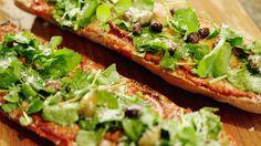 Pizzabaguette met paprika en chorizo - Baguette de pizza aux poivrons, chorizo et parmesan