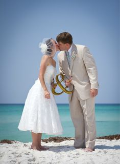 """Cute idea for Bride, Groom and the """"Kiss""""."""