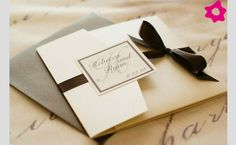 Invitaciones balanc, gris y negro...elegante.
