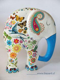 Elefante 122:XL Elephant Colour, Elephant Love, Elephant Art, Paper Mache Clay, Paper Mache Crafts, Metal Yard Art, Metal Art, Elephant Silhouette, Elephant Home Decor
