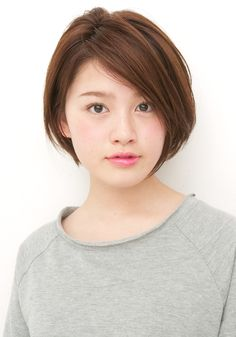 シンプルショートボブ : 【最旬】2015年!!大人かわいくてお洒落なショートヘアカタログ - NAVER まとめ Girls Short Haircuts, Cute Haircuts, Cute Hairstyles For Short Hair, Asian Short Hair, Asian Hair, Short Hair Cuts, Asian Bob Haircut, Corte Bob, Shot Hair Styles