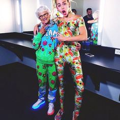 LOVE YOU @mileycyrus  TUNE IN TONIGHT FOR THE VMAS ON @MTV