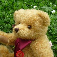 Witney Bear by Teddy-Hermann | Teddy Bears