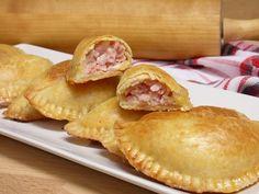 Puerto Rican Recipes, Sandwiches, Baking, Breakfast, Desserts, Food, Albondigas, Google, Picnic