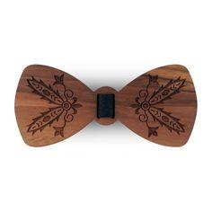 Niepowtarzalna mucha drewniana, produkt polski! Wzorujący się na folklorze i hafcie krajeńskim. Jedyny w swoim rodzaju!