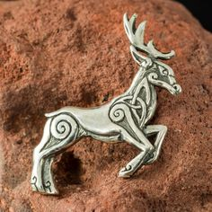 Hey, I found this really awesome Etsy listing at https://www.etsy.com/listing/274549130/celtic-deer-pendant-sterling-silver