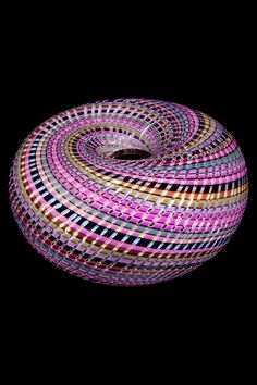 Collect Layne, glass sculpture #ArtSerendipity #art #sculpture #glass #paintings